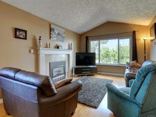 Photo 6: 4231 Ponderosa Cres in : SW Northridge House for sale (Saanich West)  : MLS®# 884862