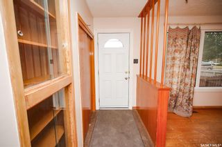 Photo 2: 353 Montreal Avenue South in Saskatoon: Meadowgreen Residential for sale : MLS®# SK864206