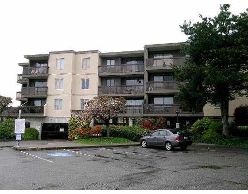 """Main Photo: 303 6655 LYNAS Lane in Richmond: Riverdale RI Condo for sale in """"BRAESIDE"""" : MLS®# V674653"""