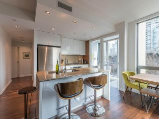 Photo 4: 501 1005 BEACH AVENUE in Vancouver: West End VW Condo for sale (Vancouver West)  : MLS®# R2544635