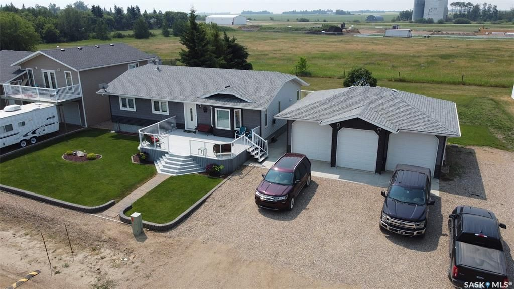 Main Photo: 415 2nd Avenue North in Meota: Residential for sale : MLS®# SK863823