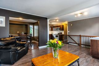 Photo 3: 20902 94B Avenue in Langley: Walnut Grove House for sale : MLS®# R2310756