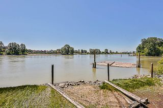 """Photo 18: 324 10 RENAISSANCE Square in New Westminster: Quay Condo for sale in """"MURANO LOFTS"""" : MLS®# R2186275"""