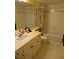 """Photo 8: 207 33708 KING Road in Abbotsford: Poplar Condo for sale in """"College Park (South buildings)"""" : MLS®# F1306914"""