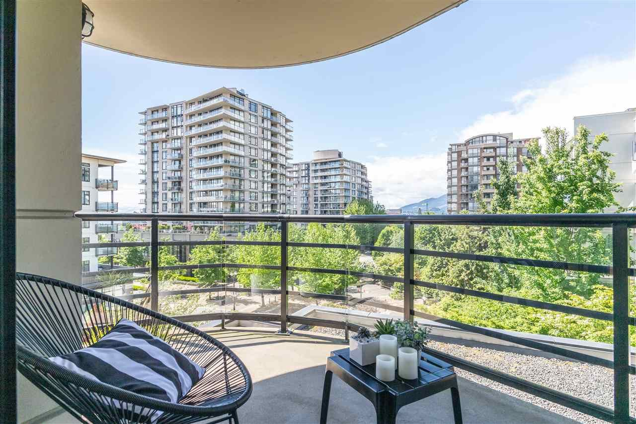 Main Photo: 405 124 W 1ST STREET in North Vancouver: Lower Lonsdale Condo for sale : MLS®# R2458347