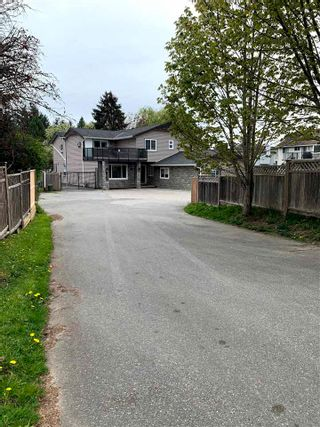 Photo 5: 14340 HYLAND Road in Surrey: East Newton House for sale : MLS®# R2573733