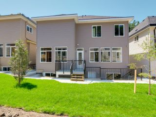 Photo 11: 5928 139 Street in Surrey: Sullivan Station House for sale : MLS®# F1426099