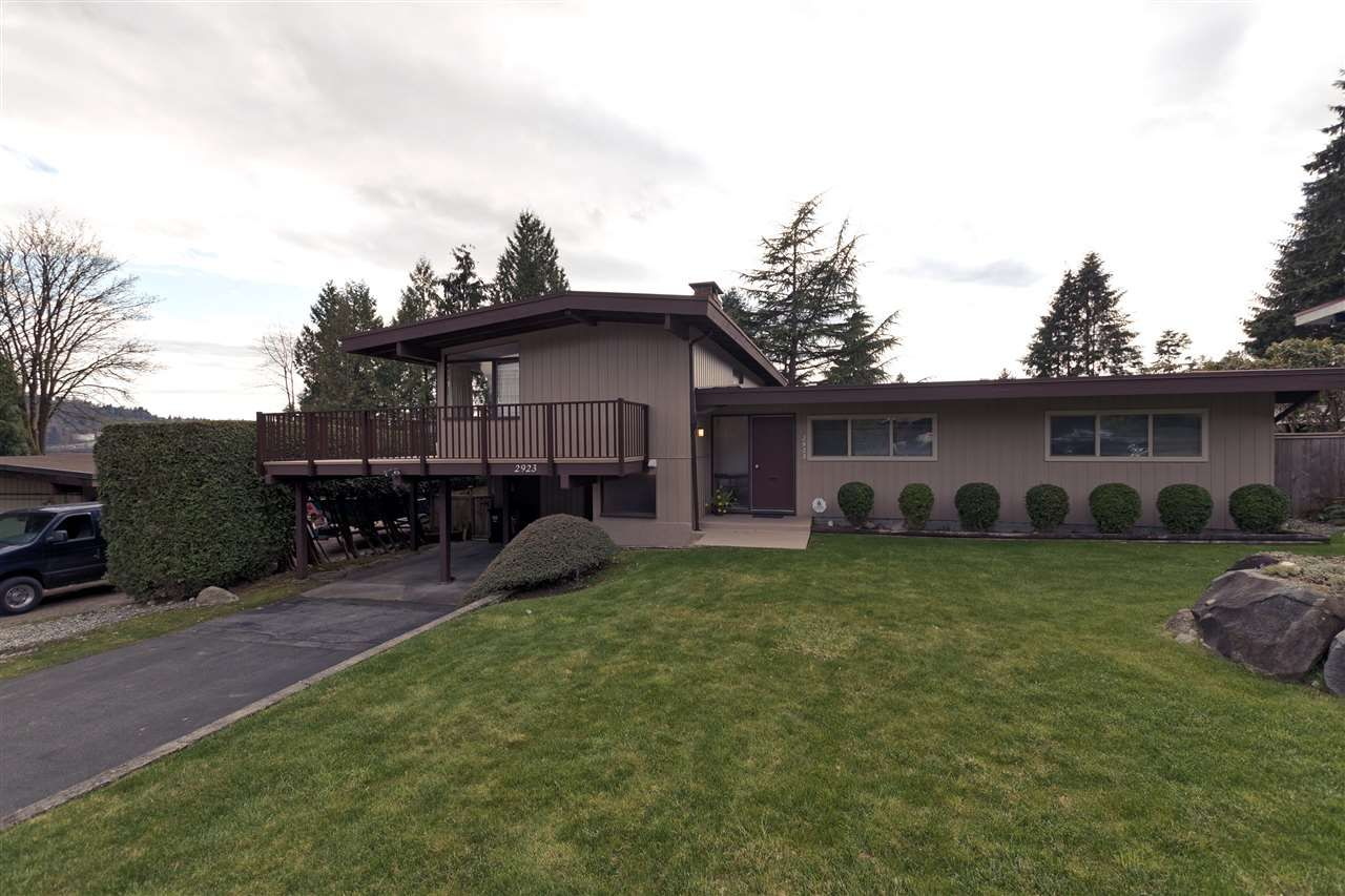 Photo 2: Photos: 2923 EDDYSTONE Crescent in North Vancouver: Windsor Park NV House for sale : MLS®# R2253154