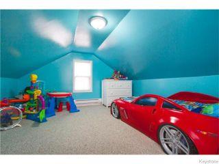 Photo 15: 381 Kingsbury Avenue in Winnipeg: West Kildonan Residential for sale (4D)  : MLS®# 1627629