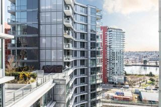 """Photo 11: 1502 68 SMITHE Street in Vancouver: Downtown VW Condo for sale in """"ONE PACIFIC"""" (Vancouver West)  : MLS®# R2550414"""