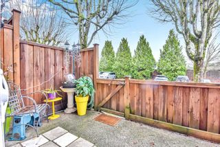 """Photo 31: 110 10748 GUILDFORD Drive in Surrey: Guildford Townhouse for sale in """"Guildford Close"""" (North Surrey)  : MLS®# R2526567"""