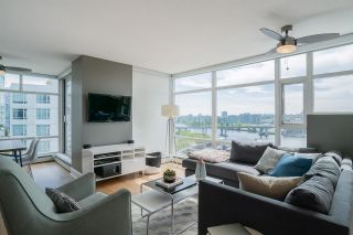Photo 2: 1502 1199 MARINASIDE CRESCENT in Vancouver: Yaletown Condo for sale (Vancouver West)  : MLS®# R2268201