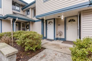 """Photo 2: 19 5664 208 Street in Langley: Langley City Townhouse for sale in """"The Meadows"""" : MLS®# R2244817"""