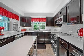 """Photo 3: 302 2963 BURLINGTON Drive in Coquitlam: North Coquitlam Condo for sale in """"Burlington Estates"""" : MLS®# R2601586"""