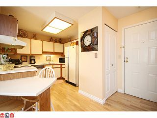 """Photo 5: 223 5379 205TH Street in Langley: Langley City Condo for sale in """"HERITAGE MANOR"""" : MLS®# F1007495"""