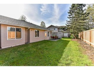 """Photo 19: 146 15501 89A Avenue in Surrey: Fleetwood Tynehead Townhouse for sale in """"AVONDALE"""" : MLS®# R2058402"""