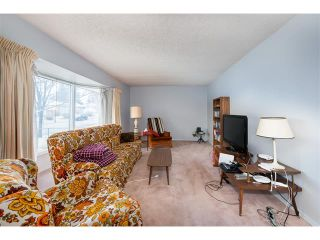 Photo 11: 2322 25 Avenue NW in Calgary: Banff Trail House for sale : MLS®# C4090538