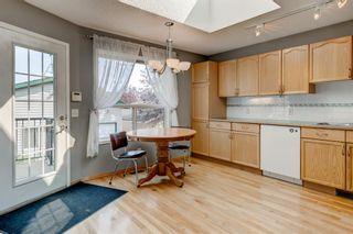 Photo 10: 127 Somerside Grove SW in Calgary: Somerset Detached for sale : MLS®# A1134301