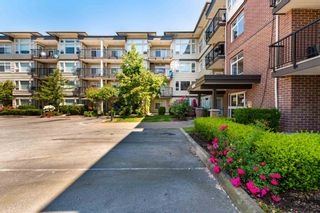 """Photo 18: 202 46289 YALE Road in Chilliwack: Chilliwack E Young-Yale Condo for sale in """"NEWMARK - PHASE III"""" : MLS®# R2605785"""