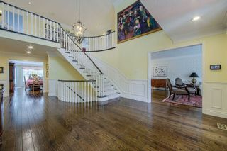 Photo 4: 16 Dalewood Drive in Richmond Hill: Bayview Hill House (2-Storey) for sale : MLS®# N5372335