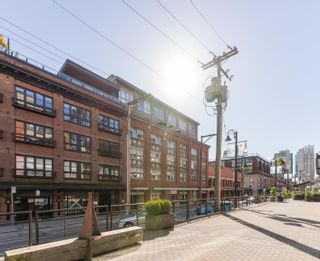 """Photo 39: 401 1072 HAMILTON Street in Vancouver: Yaletown Condo for sale in """"The Crandrall"""" (Vancouver West)  : MLS®# R2620695"""