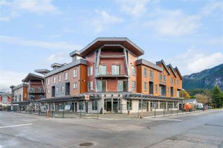 """Photo 1: SL11 37830 THIRD Avenue in Squamish: Downtown SQ Townhouse for sale in """"Lizzy Bay"""" : MLS®# R2536591"""