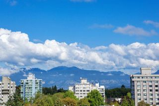 """Photo 7: 601 2108 W 38TH Avenue in Vancouver: Kerrisdale Condo for sale in """"THE WILSHIRE"""" (Vancouver West)  : MLS®# R2577338"""