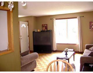 Photo 3:  in WINNIPEG: East Kildonan Residential for sale (North East Winnipeg)  : MLS®# 2908311