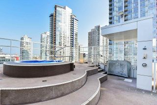 "Photo 26: 310 161 W GEORGIA Street in Vancouver: Downtown VW Condo for sale in ""COSMO"" (Vancouver West)  : MLS®# R2503514"