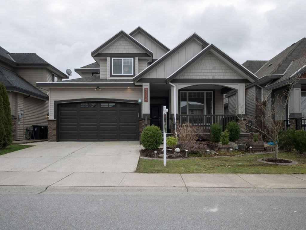 Main Photo: 21174 83B Avenue in Langley: Willoughby Heights House for sale : MLS®# R2248220