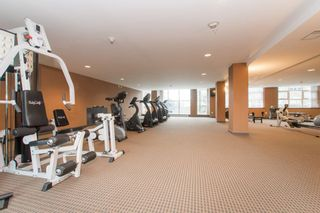 """Photo 18: 902 189 NATIONAL Avenue in Vancouver: Mount Pleasant VE Condo for sale in """"SUSSEX BY Bosa"""" (Vancouver East)  : MLS®# R2141629"""