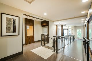"""Photo 9: 210 2940 KING GEORGE Boulevard in Surrey: King George Corridor Condo for sale in """"HIGH STREET"""" (South Surrey White Rock)  : MLS®# R2496807"""