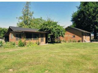 """Photo 3: 4423 BOUNDARY Road in Abbotsford: Sumas Prairie House for sale in """"YARROW"""" : MLS®# F1301021"""