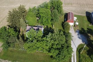Photo 1: 422 MCCLUNG Road in Caledonia: House for sale : MLS®# H4109452
