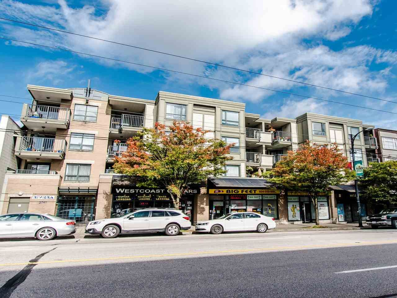"Main Photo: 205 2741 E HASTINGS Street in Vancouver: Hastings Sunrise Condo for sale in ""The Riviera"" (Vancouver East)  : MLS®# R2407419"