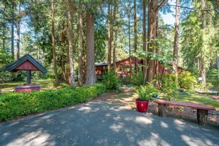 Photo 4: 888 Falkirk Ave in : NS Ardmore House for sale (North Saanich)  : MLS®# 882422