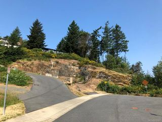 Photo 5: 747 Grousewood Pl in Colwood: Co Triangle Land for sale : MLS®# 830967