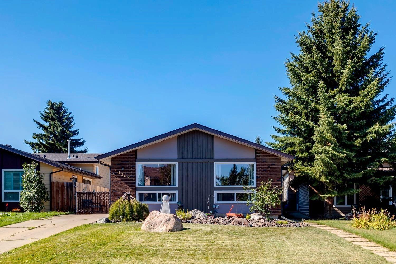 Main Photo: 14269 30 Street in Edmonton: Zone 35 House for sale : MLS®# E4261752