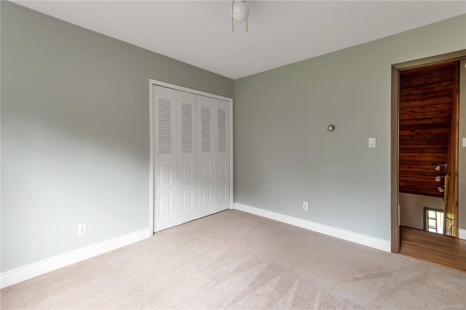 Photo 33: Photos: 2468 Oakes Rd in : CV Merville Black Creek House for sale (Comox Valley)  : MLS®# 856666