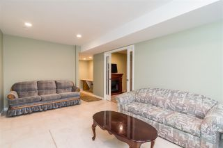 "Photo 15: 17 13918 58 Avenue in Surrey: Panorama Ridge Townhouse for sale in ""Alder Park"" : MLS®# R2393789"