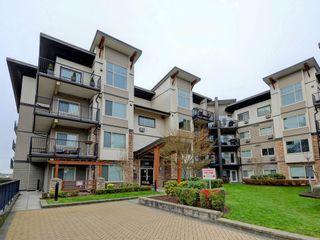 "Photo 1: 403 11935 BURNETT Street in Maple Ridge: East Central Condo for sale in ""KENSINGTON PARK"" : MLS®# R2249321"