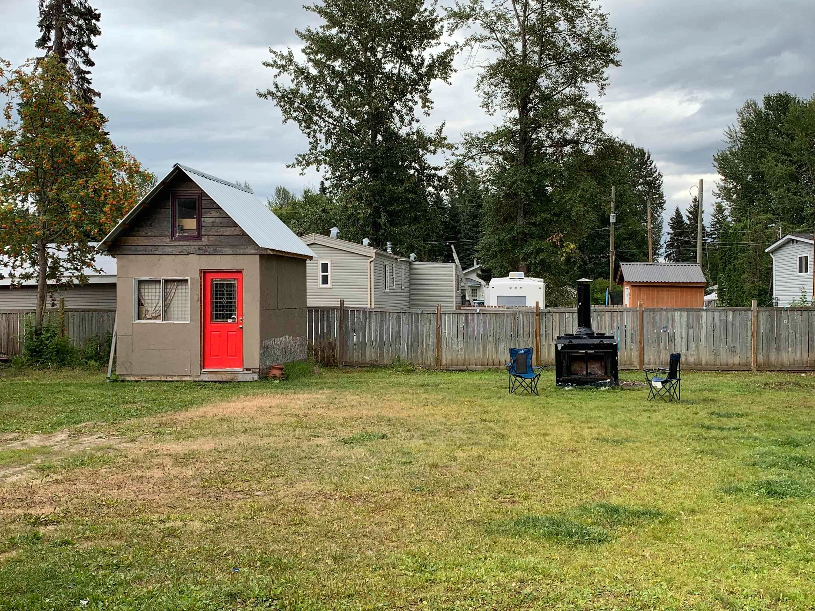 Photo 3: Photos: 7082 KENNEDY Crescent in Prince George: Emerald Manufactured Home for sale (PG City North (Zone 73))  : MLS®# R2607928
