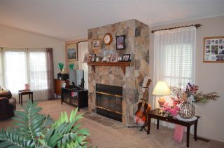 """Photo 7: 105 2303 CRANLEY Drive in Surrey: King George Corridor Manufactured Home for sale in """"SUNNYSIDE ESTATES"""" (South Surrey White Rock)  : MLS®# R2146225"""