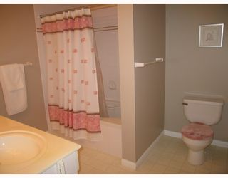 """Photo 7: 310 2975 PRINCESS Crescent in Coquitlam: Canyon Springs Condo for sale in """"THE JEFFERSON"""" : MLS®# V756156"""