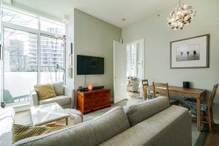 """Photo 14: 2 ATHLETES Way in Vancouver: False Creek Townhouse for sale in """"KAYAK-THE VILLAGE ON THE CREEK"""" (Vancouver West)  : MLS®# R2564490"""