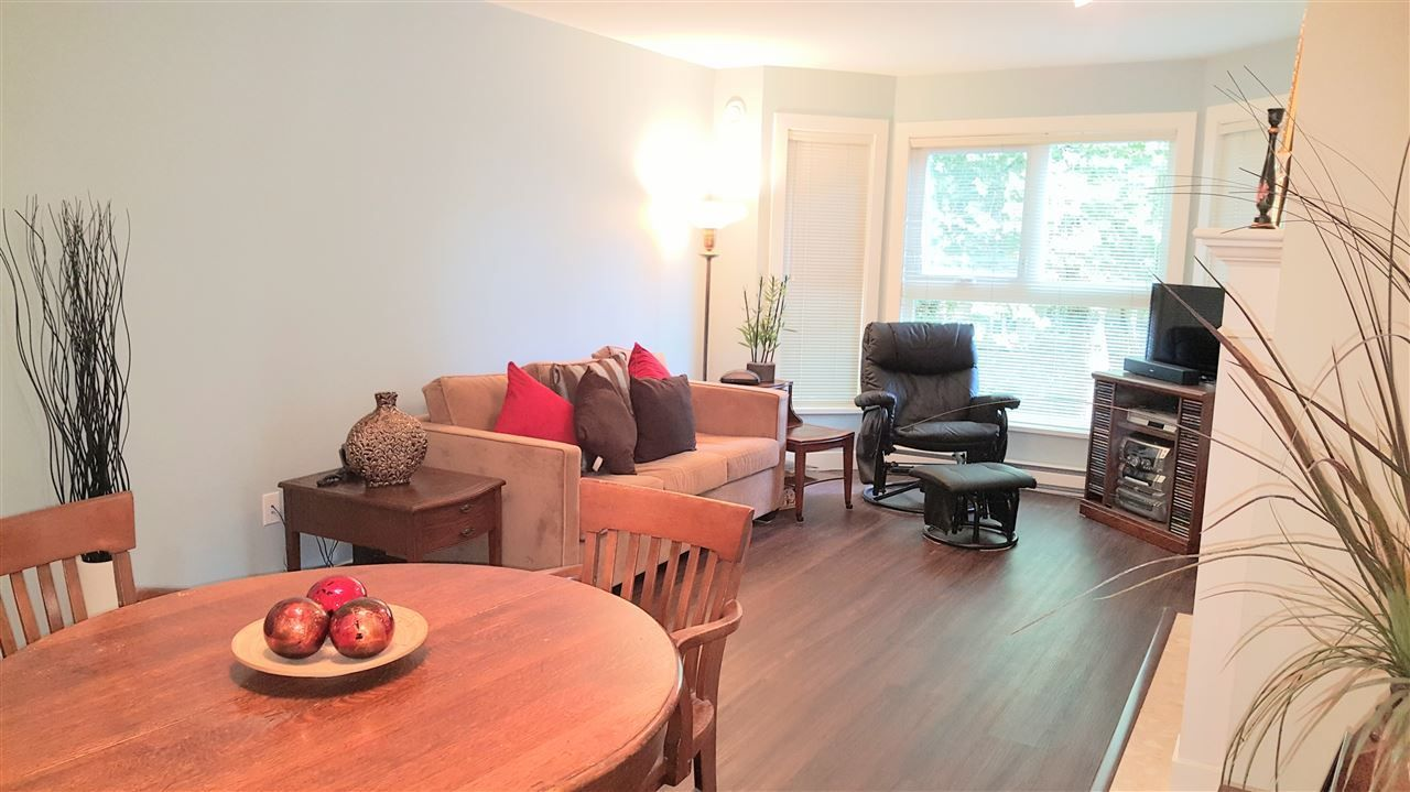 """Main Photo: 208 2253 WELCHER Avenue in Port Coquitlam: Central Pt Coquitlam Condo for sale in """"St.James Gate"""" : MLS®# R2213521"""