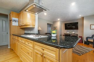 Photo 21: 1957 Pinehurst Pl in : CR Campbell River West House for sale (Campbell River)  : MLS®# 869499