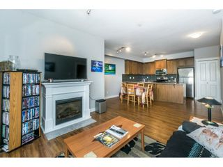Photo 9: 208 17712 57A AVENUE in Surrey: Cloverdale BC Condo for sale (Cloverdale)  : MLS®# R2327988