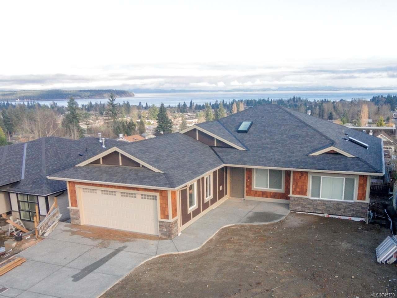 Main Photo: 2653 Sunderland Rd in CAMPBELL RIVER: CR Willow Point House for sale (Campbell River)  : MLS®# 745703