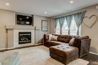 Photo 11: 324 Cresthaven Place SW in Calgary: Crestmont Detached for sale : MLS®# A1118546
